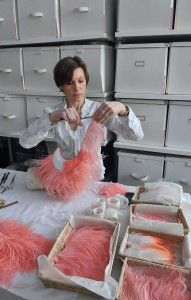 Nelly Saunier-Plumassière / #feathers #plumes #pink