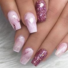 Nails, nail designs and nail art nail glitter design, glitter nail art, acr Pink Sparkle Nails, Fancy Nails, Bling Nails, Cute Nails, Pretty Nails, Sparkle Acrylic Nails, Glittery Nails, Glam Nails, Beauty Nails
