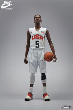 """Nike x Coolrain """"Relive The Dream"""" Figures featuring LeBron James, Kobe Bryant and Kevin Durant"""