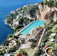 Amalfi coast - someone please tell me where I can find this pool!!