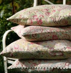 Vintage Paisley Fabric in Pink from Sarah Hardaker. A printed fabric with a classic paisley design in pink, blue and pale green on a natural linen background. Country Living Magazine, Paisley Fabric, Polka Dot Fabric, Paisley Design, Drapery Fabric, Room Themes, Natural Linen, Vintage Patterns, Decoration