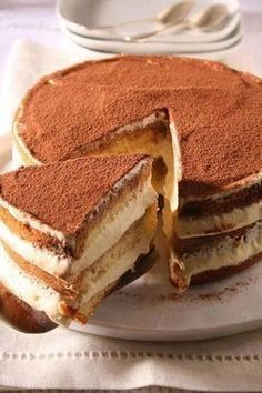 This easy tiramisu torte is ideal for all the tiramisu lovers! It has a rich tiramisu flavor and if you like the taste of a cream and coffee – like my husband – then this cake will easily become your … Sweet Recipes, Cake Recipes, Dessert Recipes, Ww Recipes, Dinner Recipes, Salad Recipes, Italian Desserts, Just Desserts, Italian Recipes