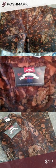 """Plus Size Easy Fit Floral Jeans Easy fit and Soft Touch.  Waist has elastic at sides.  Inseam 27"""". NWT Bill Blass Jeans"""