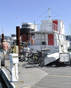 Red-doored houseboat, Sausalito | by Uncle Lynx