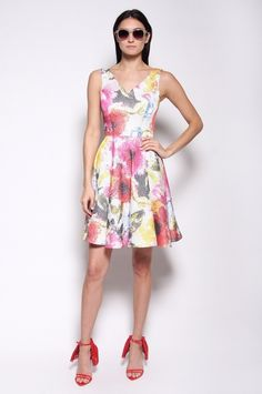 Floral Circle Dress with V-Neck / Christian Siriano