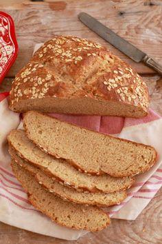 Irish Brown Bread Recipe Luxury Traditional Irish soda Bread Brown Bread Gemma's Irish Brown Bread, Irish Bread, Irish Soda Bread Recipe, Irish Desserts, Irish Recipes, Spanish Recipes, Bread Recipes, Baking Recipes, Dessert Recipes