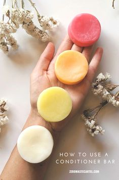 Some easy tips to help you use your conditioner bar - and preserve the life too! Diy Shampoo, Homemade Shampoo, Shampoo Bar, Shampoo And Conditioner, Solid Shampoo, Natural Beauty Tips, Organic Beauty, Clean Beauty, Diy Beauty