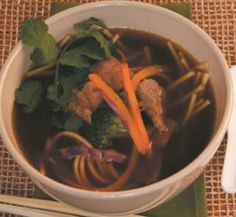 Beef and veggie udon noodle soup | Healthy Food Guide