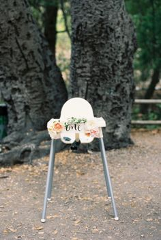 Birthday chair! http://www.stylemepretty.com/living/2015/07/08/organic-countryside-garden-first-birthday-party/ | Photography: Khanh Hogland - http://khanhhogland.com/