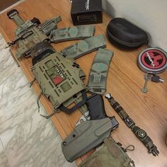 I hate that this pin leads to an airsoft site, but I like the layout on this war belt. Edc, War Belt, Molle Gear, Battle Belt, Mandalorian Armor, Duty Gear, Tac Gear, Combat Gear, Tactical Belt