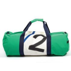 Duffel bag made from a mix of recycled yacht sails and green nylon. Lined with denier nylon and is semi waterproof. Perfectly suited for that adventurous outdoor lifestyle.