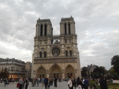 #CathedraldeNotreDame #Paris #Notre-Dame #Autumn #Cloudysky