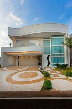 The most amazing luxury homes ever: brilliant architecture and brilliant interior design project Bungalow House Design, House Front Design, Duplex House, Modern House Design, Dream House Plans, Modern House Plans, Residential Architecture, Modern Architecture, House Elevation