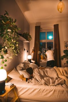 Das Geheimnis vom Raum der Wünsche - fridlaa With a little restyling, our problem child is instantly enchanted to the absolute space of desires. Cosy Bedroom, Cozy Room, Home Decor Bedroom, Bedroom Ideas, Master Bedroom, Bedroom 2018, Bedrooms, Budget Bedroom, Appartement Design