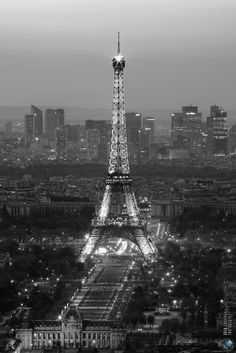 Black White Paris