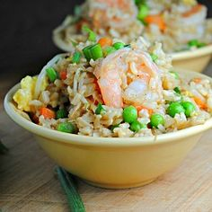 Shrimp Fried Rice - going to do this without the shrimp as a side to Asian salmon Seafood Recipes, Dinner Recipes, Cooking Recipes, Ww Recipes, Cooking Ideas, Fish Recipes, Dinner Ideas, Food Ideas, Rice