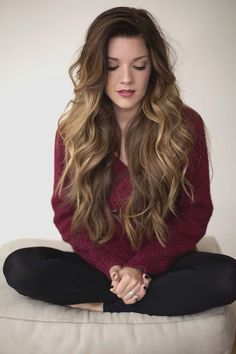 Gorgeous. Never been a fan of really long hair. But I'm starting to like it, and I think I'm ready to give in and let my mother have her dream of me with very long hair.