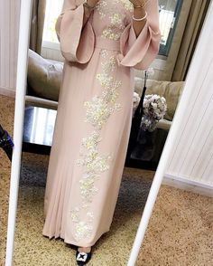 Available for order price. 2000 Dhs contact by whatsaap Sizes. S. M. L. Deliver worldwide. #Luxury_caftan #byalmuna
