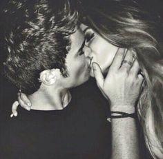 Kiss love love