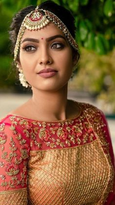 Beautiful Goddess, Beautiful Girl Indian, Most Beautiful Indian Actress, Most Beautiful Women, Beautiful Roses, Beauty Full Girl, Beauty Women, Beauty Girls, Indian Makeup Natural