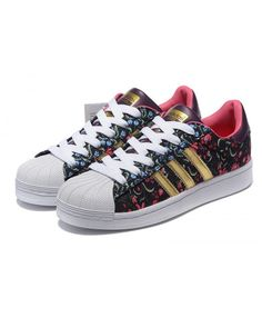 Adidas Superstar Womens Gold And Black Shoes On Sale Adidas Superstar, Gold Trainers, Jordan Swag, Cheap Fashion, Shoe Sale, Adidas Women, Black Shoes, Adidas Sneakers, Iphone