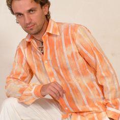 Miro Prochádzka - pôsobí na profesionálnej hudobnej scéne od roku 1996. S nadhľadom dokáže vtipne odmoderovať akýkoľvek typ podujatia. Bohatý repertoár piesní Svetové hity a evergreeny Muzikálové melódie Vlastná tvorba