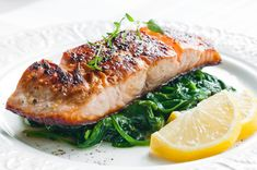 Top Recipes, Fish Recipes, Seafood Recipes, Entree Recipes, Cake Recipes, Roasted Salmon, Grilled Salmon, Salmon Spinach Recipes, Ginger Salmon