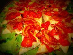 Crostino con pomodorini confit e pancetta croccante