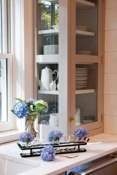Glass kitchen cabinet for corner
