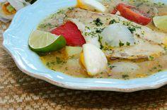 Caldeirada de peixe (Caldeirada de pescado) Caprese Salad, Camembert Cheese, Eggs, Lunch, Chicken, Cooking, Breakfast, Portuguese, Soups