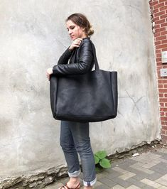 """4a3a2de30c338 Extra large black leather tote bag 24""""x 15"""" , Oversized work and travel  computer bag, Large shopping bag, Mother's Day gift. Torebki"""