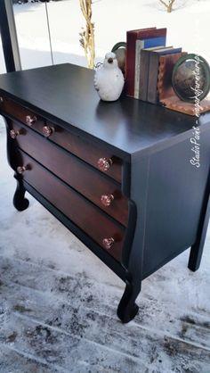 Royal Oak Empire Dresser