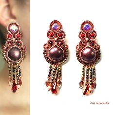 #soutache #fashionstatement #swarovskicrystals #swarovski #statementearrings #earrings #orecchini #cercei #pendientes #handmadejewelry #handmade #fashionstatement #fashionaccesories #fashionaddict #fashionearrings #madeinromania #jewelrydesign #jewelrydesigner #design #jewellerydesign