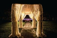 I like this as decoration for the ceremony or reception entrance