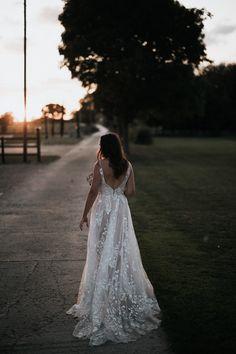 Mermaid Bride Dresses, Indian Bride Dresses, Princess Bride Dress, Farm Wedding, Wedding Ceremony, Wedding Rustic, Jenny Packham, Wedding Dress Suit, Wedding Dresses