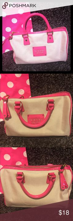 LIKE NEW Victoria's Secret Bag