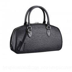Louis Vuitton Epi Leather Handbag LV M52852