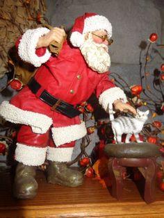 2115634e8b Possible-Dreams-Clothtique-Santa-Santa-with-Kitten-on-
