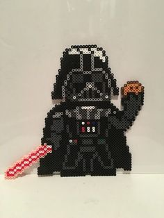 Star Wars - Darth Vader with Cookie Perler Beads Perler Bead Templates, Diy Perler Beads, Pearler Bead Patterns, Perler Bead Art, Perler Patterns, Pearler Beads, Perle Hama Star Wars, Star Wars Cookies, Modele Pixel Art