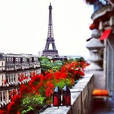 That red sole - christian louboutin and the eiffel tower. Perfection