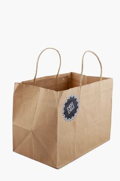 Buy Paper Bags online! The best way to store all your grocery! #paper #bags #grocery #store #food #vegetables #cosmetics #ecofriendly #ban #plastic #ruff #tuff #buy #online #bizongo #b2b #ecommerce #paperbags