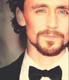 Tom Hiddleston. Via Twitter. ~ i just died!~