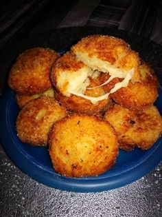 Sajtos burgonyagolyó Vegan Recepies, Vegetarian Recipes, Healthy Recipes, Cookbook Recipes, Cooking Recipes, Eastern European Recipes, Good Food, Yummy Food, Hungarian Recipes