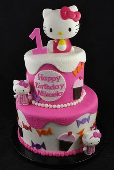57 ideas of best birthday cake hello kitty 2019 57 ideas of best birthday cake hello kitty 2019 Hello Kitty Fondant, Torta Hello Kitty, Hello Kitty Theme Party, Hello Kitty Birthday Cake, Hello Kitty Themes, Kitty Party, Decoracion Hello Kitty, Zoe Cake, Baby Girl Cakes