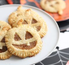 Jack o Lantern hand pies, so cute!