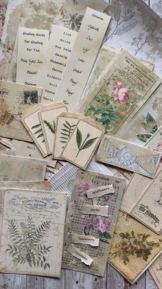 Crafts Paper Create your own botanical junk journal! This kit includes vintage-style designs featuring a variety of botanical images with script & other design elements in a pretty shabby chic grunge style. Kunstjournal Inspiration, Bullet Journal Inspiration, Junk Journal, Photo Journal, Journal Printables, Pen Pal Letters, Scrapbook Journal, Travel Scrapbook, Diy Scrapbook