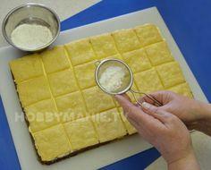 Stoleté recepty: Královské řezy rodokmenem i chutí – Hobbymanie.tv Cutting Board, Bread, Tv, Food, Brot, Television Set, Essen, Baking, Meals