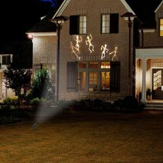 Show your holiday spirit this Halloween with a beautiful light display using this white skeleton projector light. Halloween Skeleton Decorations, Unique Halloween Costumes, Halloween Skeletons, Outdoor Halloween, Cute Halloween, Halloween Projection Lights, Halloween Projector, Halloween Light Show, Digital Decorations