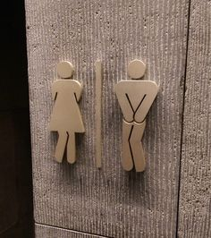 awesome Bathroom signs at my hotel are trying to hold it in. Router Projects, Wood Projects, Woodworking Projects, Deco Cafe, Wood Crafts, Diy And Crafts, Gravure Laser, Scroll Saw Patterns, Signage Design