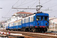 Treno storico di Ferrovie Nord Milano (oggi di Trenord) con elettromotrice 740 01 a Novara Nord nell'ultimo giorno di apertura il 2 aprile 2005 - (Foto: Riccardo Genova)